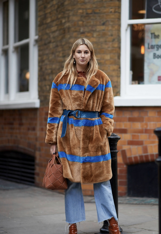 Streetstyle fashionista at a London Fashion Week 2018